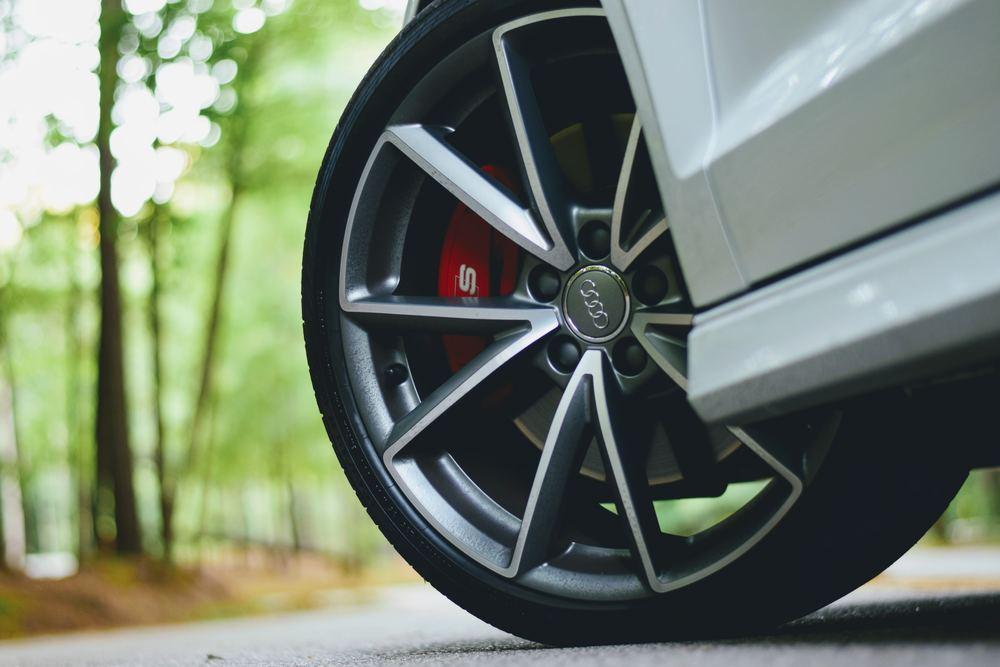 Håll koll på dina däck
